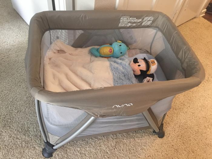 Nuna Sena Mini Travel Crib V 2 Night